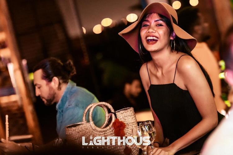 Cocktails, Shisha & Good Vibes